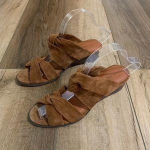 Lucky Brand | Suede Rhilley Brown Leather Sandals